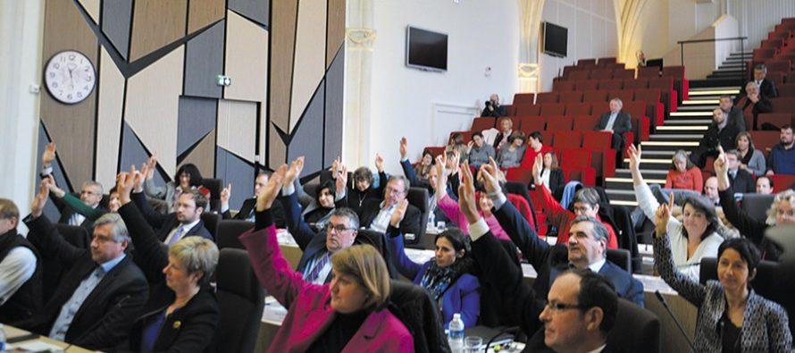 Conseil départemental : Le budget voté à l'unanimité, sans soumission, ni domination…