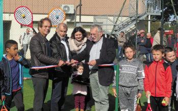 Du gazon pour le tennis de Droué