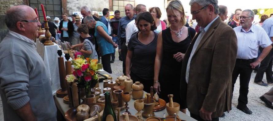 Fréteval : Marché artisanal dimanche 18 octobre Maison du Tourisme