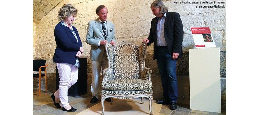 Un fauteuil illustre s'expose dorénavant