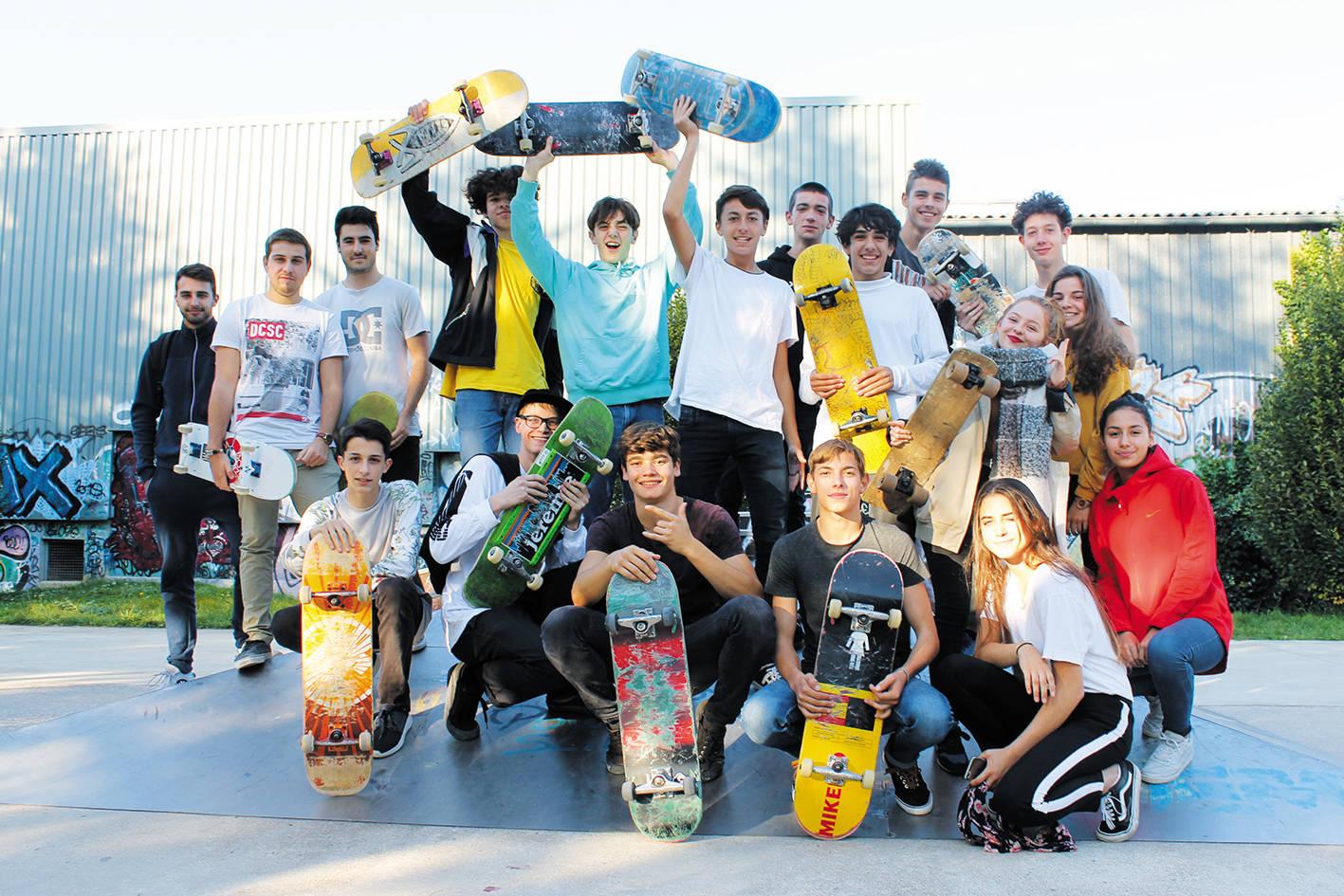 Skater ; SK8/S3T ; SKeight /SthreeT
