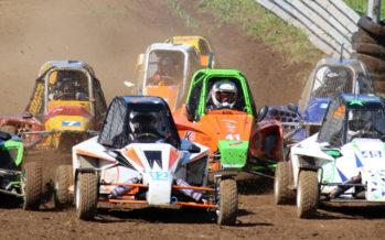 Course sur terre auto et Kart Cross