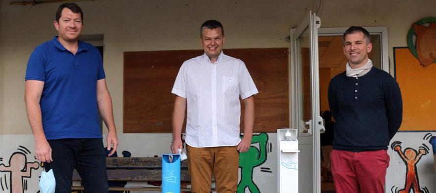 Gel hydroalcoolique, Dargaisse propose une borne originale de distribution