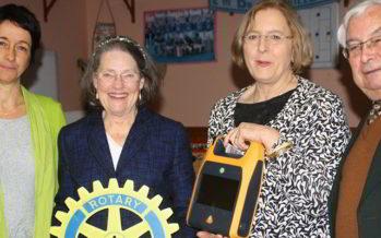 Un défibrillateur offert par le Rotary