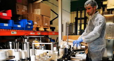 Focus sur la production de solution hydroalcoolique