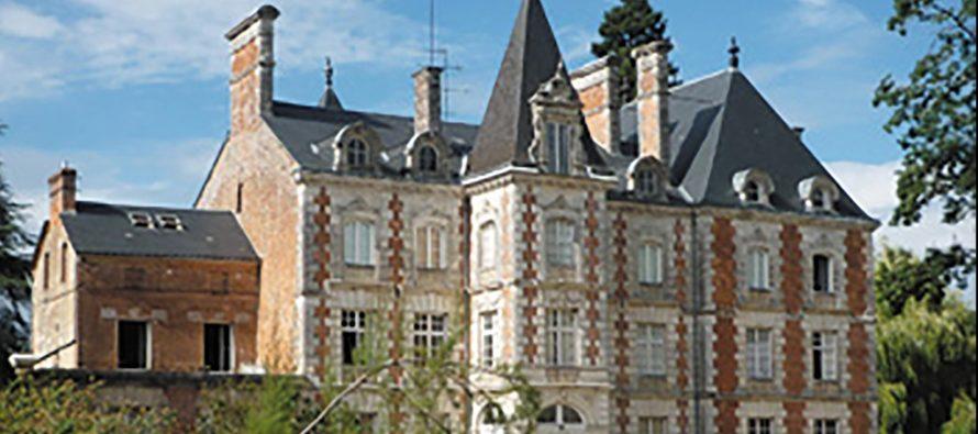 Menez l'enquête au Château des Enigmes!