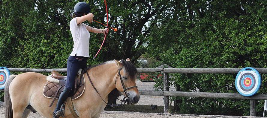 «J'ai testé pour vous…» le tir-à-l'arc à cheval