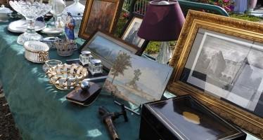 Puces Antiquités Artistes- Dimanche 5 juillet 2015 – La Chartre sur le Loir
