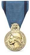 la Médaille de la jeunesse