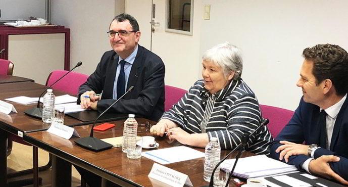 Visite ministérielle pour les réfugiés en Loir-et-Cher
