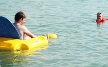 La baignade ouverte au handicap
